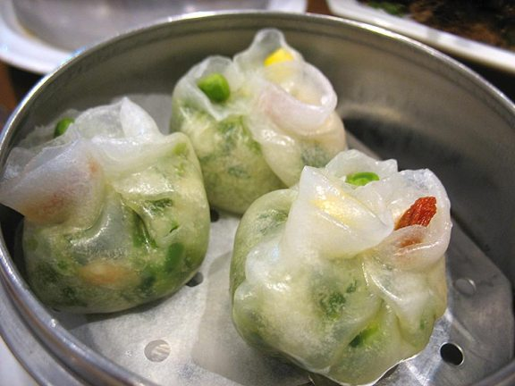 Shrimp and peatip dumplings. Just okay, I thought. I think these are celebrated because the presentation photographs well.