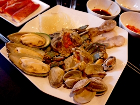 Little Szechuan, Hot Pot: Seafood platter