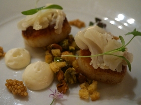 Piccolo: Seared Sea Scallops