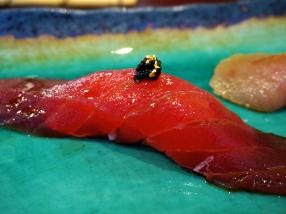Kiyokawa: Hawaiian Bigeye Tuna with Gold Leaf and Caviar