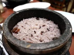 Stone pot rice.
