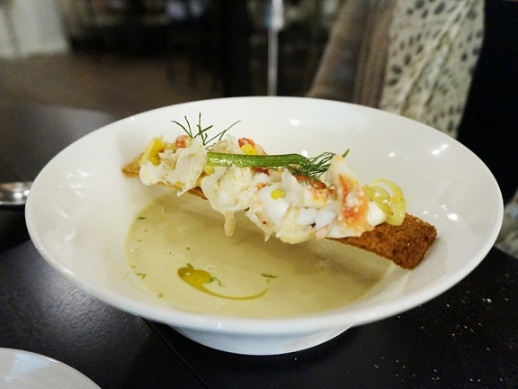 Chilled Corn Soup: biscayne bay crab, fennel, vanilla oil, brioche