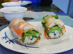 Quite nice. This is a single spring roll cut in two (they're each quite large).