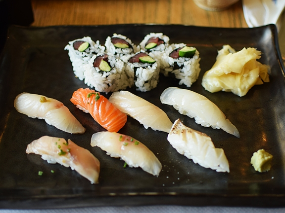 Hirozen: Special Assorted Sushi