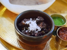 Hoppers: Black Pork Kari