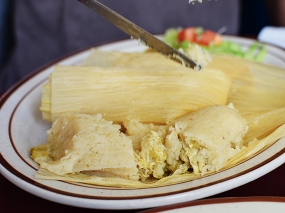 Homi: Tamales Close-up