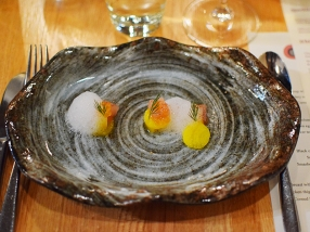 Piccolo: Cured trout with smoked roe, whey, and golden beets