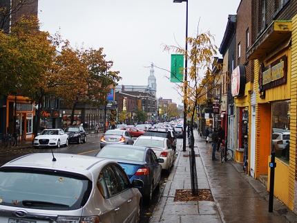 Au Kouign-Amann: Rainy Afternoon Street