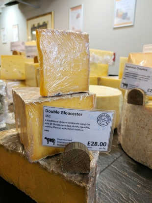 Paxton & Whitfield: Double Gloucester
