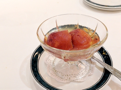 As were the gulab jamuns; I'd be very happy to get these in the US but not so happy to get them in Delhi.