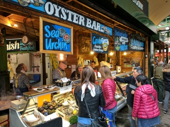 Borough Market: Oyster Bar at Furness Fish and Game