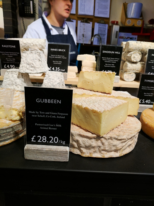 3-gubNeal's Yard Dairy, Covent Garden: Gubbeen