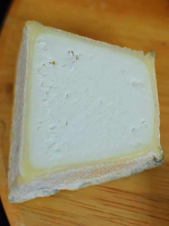 A raw goat's milk cheese, this is my pick of the soft goat cheeses I've so far had. Rich and creamy and not too goaty.