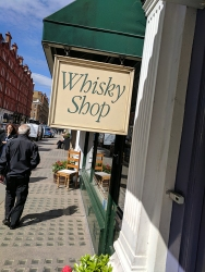 Cadenhead's London: Whisky Shop
