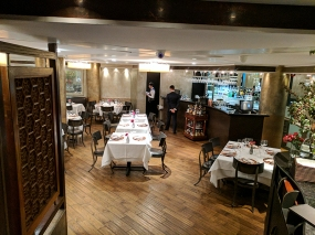 Tamarind: Down to the dining room