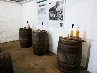 Laphroaig, Distillers' Wares: Casks for the tasting