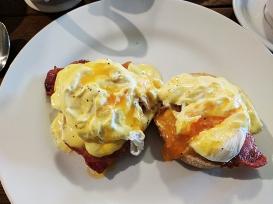 Loch Ness Inn: Nice poached egg