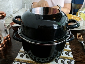 The Old Kiln Cafe: A pot with mussels inside
