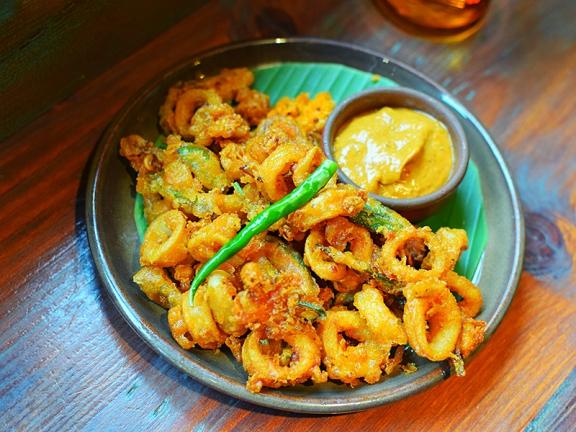 Hoppers: Calamari Fry, Chemmeen Podi