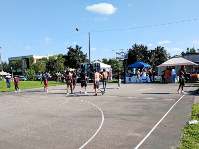 I like basketball but I can't help thinking that it would have been better if these pickup games had not been going alongside the festival with the ball occasionally crashing into people shopping at the adjacent stalls.