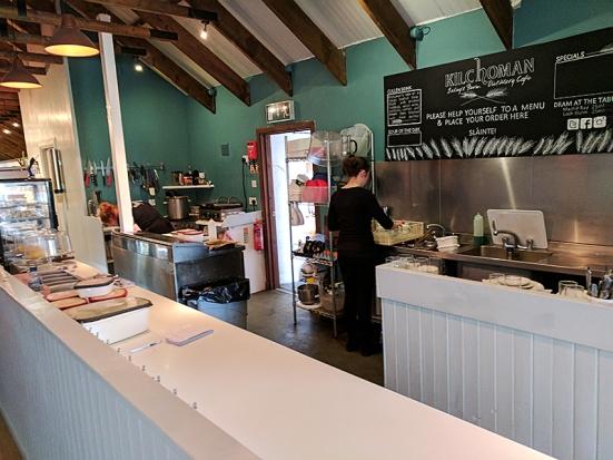 Kilchoman: Cafe counter