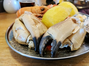 The Claymore: Crab claws