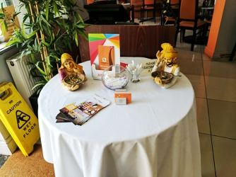 These figurines and the saffron accent paint are their nods to Indian decor.