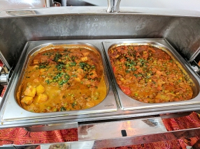 Shahi paneer on the left, karhai veg on the right.