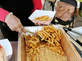 They also had seasoned fries which we did not try.