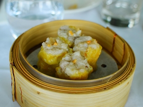 As were the pork and shrimp siu mai (two of these as well).