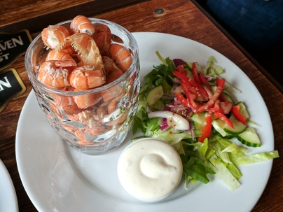 An Tigh Seinnse: Pint of prawn tails