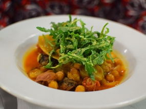 St. John: Snails, sausage and chickpea