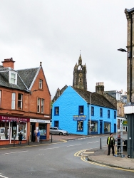 Tarbert: Dull red and bright blue