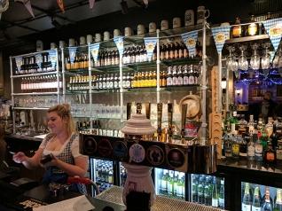 Munich Cricket Club: Barmaid
