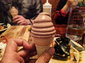 Lyn 65: Soft serve icecream