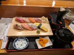 Osawa: Lunch sushi combo