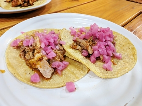 In order to be able to try more things we got some of their signature meats in taco form. The cochinita pibil was very good.