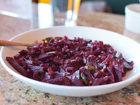 The missus preferred the okra from the first lunch but I liked this dish of cooked and stir-fried beets better. The earthy sweetness of the beets were a great match for the searing heat (of course, you don't have to get it at the extra hot setting).