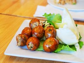 Bangkok Thai Deli: E-san sausage