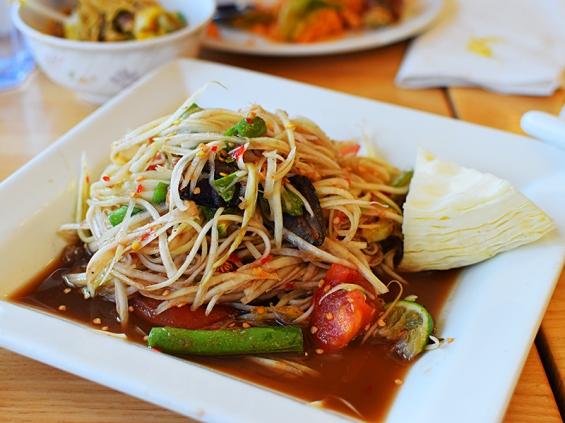 Bangkok Thai Deli: Lao papaya salad