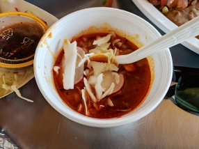 Andale: Posole portion