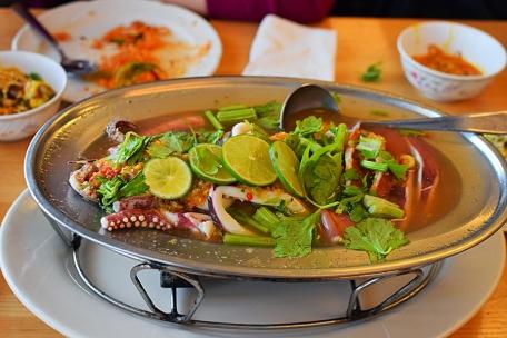 Bangkok Thai Deli: Steamed squid