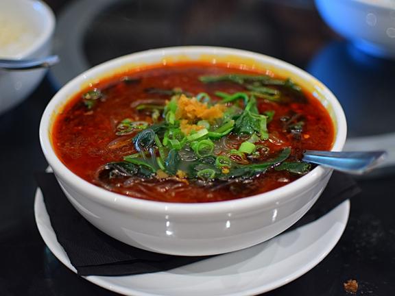 Lao Sze Chuan: Spicy and sour noodle