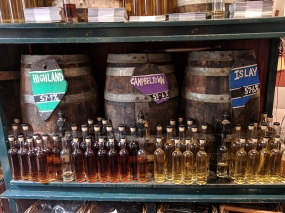 Cadenhead's Edinburgh: More store casks