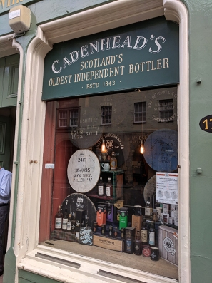 Cadenhead's Edinburgh: Shop window