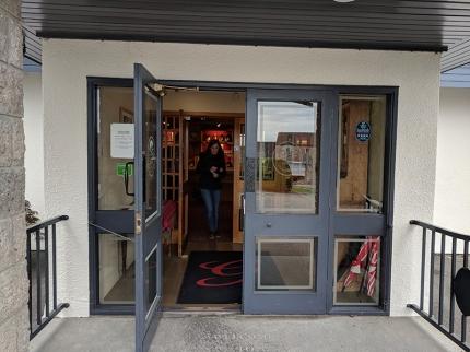 Glenfarclas: Visitor centre entrance