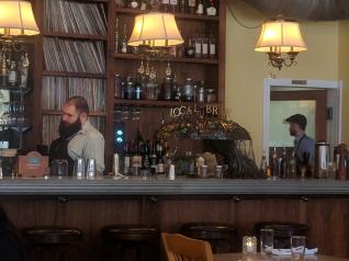 Ngon Bistro: Bar
