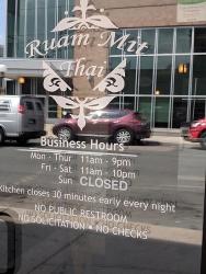 Ruam Mit Thai: Hours