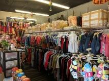 Lekali Pasal: Clothes