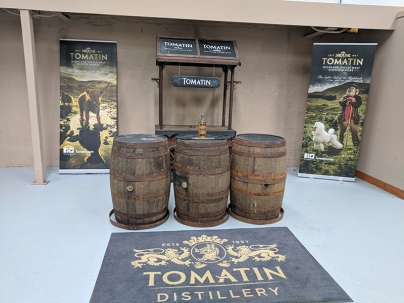 Tomatin: Warehouse tasting area
